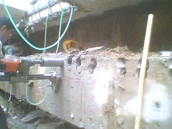 水钻切割开洞
